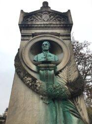 Buste du comte de Gaspari – Cimetière de Montparnasse – Paris (75014)