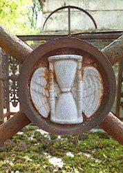 Entourages de tombes – Division 49 sud-est – Cimetière du Père Lachaise – Paris (75020)