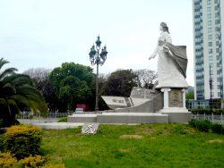 Farola – Lampadaire à lanternes Louis XV – Costanera Sur – Buenos Aires