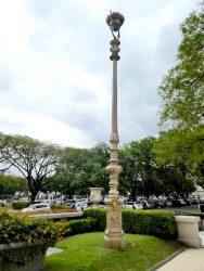 Farolas – Lampadaires – dirección varias ubicaciones et Hipòdromo – Buenos Aires