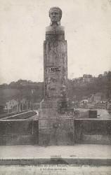Monument à Jean Rouvet – Clamecy