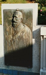 Monument à Auguste Rouzaud – Royat