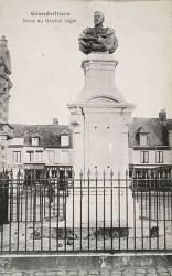 Monument au général Saget – Grandvilliers (fondu)