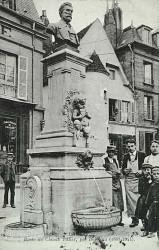 Monument à Claude Tillier – Clamecy