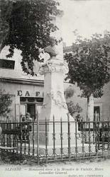 Monument à Vialatte – Alzonne