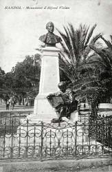 Monument à Alfred Vivien – Bandol-sur-Mer