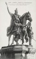 Monument à Charlemagne et ses leudes – Paris, 4e arr.