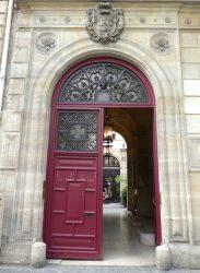 Bustes et portail de l'Hôtel de Pourtalès – Rue Tronchet – Paris (75008)