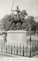 Monument à Jeanne d'Arc – Paris (75008)