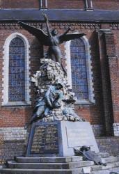 Monument aux morts de la Grande Guerre, ou La Victoire sortant des ruines – Poix-du-Nord