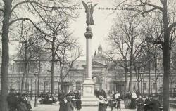 La Victoire couronnant le drapeau français  – Paris (75003) – (fondu)