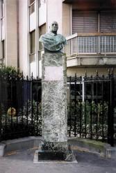 Monument à Lucien Guitry – Paris, 7e arr.