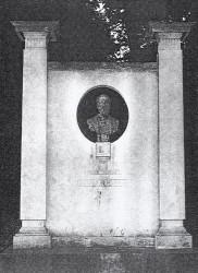 Monument à José Maria de Heredia – Jardin du Luxembourg – Paris (75006)