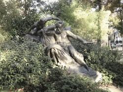 Monument à Victor Hugo – Paris, 75016