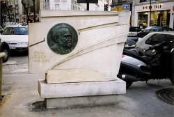 Monument à Emile Zola (fondu – remplacé) – Paris, 75015