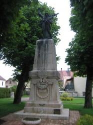 Monument aux morts de 14-18 – Grande Rue – Frasne