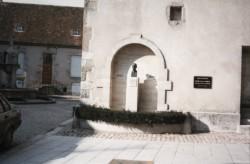Monument au docteur Roclore – Saulieu