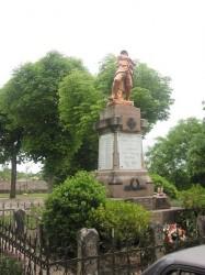 Monument aux morts – Lalbenque
