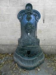 Borne-fontaine d'applique – Square Carrelet de Loisy – Dijon