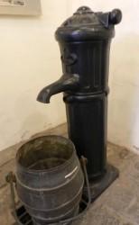 Borne-fontaine 2/3 – Musée de l'eau – Genval