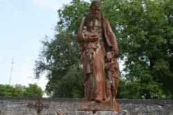 Cimetière (2/3) – Statues – Osne-le-Val