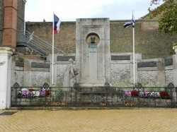 Monument à Félix Coquelle    –     Dunkerque (Rosendaël)