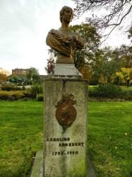 Buste Caroline Angebert et médaillon A. de Lamartine – Parc de la Marine – Dunkerque