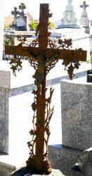 Croix funéraires plates – Cimetière urbain – Montauban