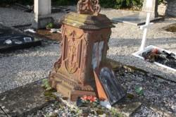 Cimetière – Tombe (2) – Demange-aux-Eaux