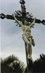 Christ en Croix place de la Cathédrale  – Saint-Denis de la Réunion