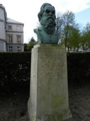 Buste d'Alfred Boucher – Jardin du Rocher – Troyes