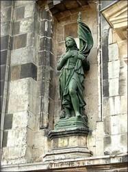 Statue de Jeanne d'Arc – école St-Joseph – Arras