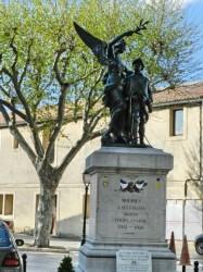 Monument aux morts – Mouriès