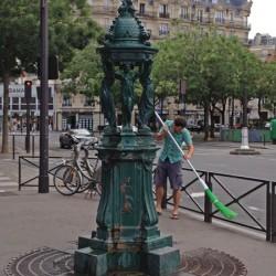 Fontaine Wallace –  Cours de Vincennes – Paris (75012)