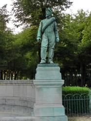 Monument aux morts de 1870 – Un artilleur – Chartres