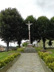 Christ en croix – Walincourt-Selvigny