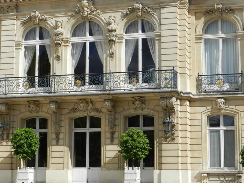Grille d honneur et balcons h tel de la pr fecture des yvelines versailles - Grille indiciaire sous prefet ...