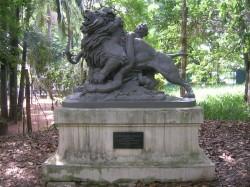 Leão Lutando com uma Serpente – Lion luttant avec un serpent – São Paulo
