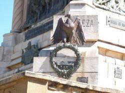 Aigles (Condors) (4) du monument du 20 Février  – Salta