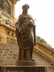 La Justice – Justicia –  Monument du 20 Février  – Salta