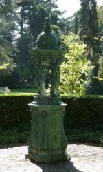 Fontaine Wallace – Jardin des Plantes (côté rue Frédéric Cailliaud) – Nantes