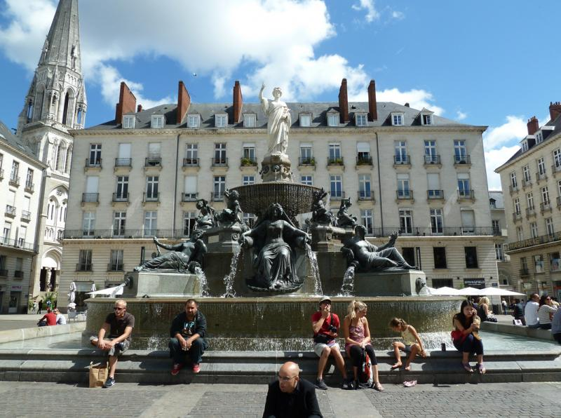 Fontaine monumentale – Place royale – Nantes