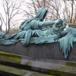 Tombe de Mme Moris – Cimetière du Père Lachaise – Paris (75020)