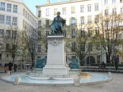 Monument à Ampère – sphinges de la fontaine – Lyon