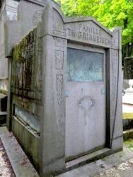 Tombe de la famille Th. Grimmeisen – Cimetière du Père Lachaise – Paris (75020)