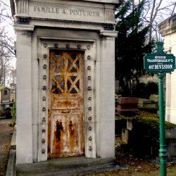 Portes de chapelles sépulcrales (1) – Division 41 – Cimetière du Père Lachaise – Paris (75020)