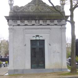 Chapelle funéraire de la comtesse Harriet Della Gherardesca – Cimetière du Père Lachaise – Paris (75020)