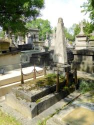 Tombe de la famille Lachesze – Cimetière du Père-Lachaise – Paris (75020)