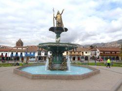 Pileta – Vasque fontaine – Plaza de Armas  – Cuzco