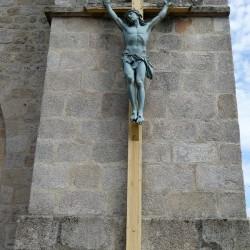 Christ en croix – La Jonchère-Saint-Maurice
